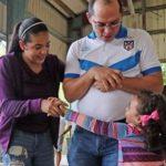 Adriana Díaz comparte alegría en Utuado